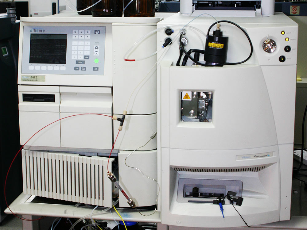 Waters Micromass ZQ 2000 Mass Spectrometer for sale